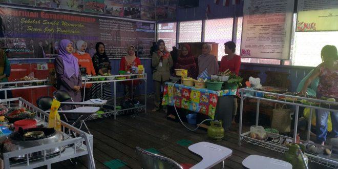 Kegiatan Kampung Literasi di Kelurahan Pahandut